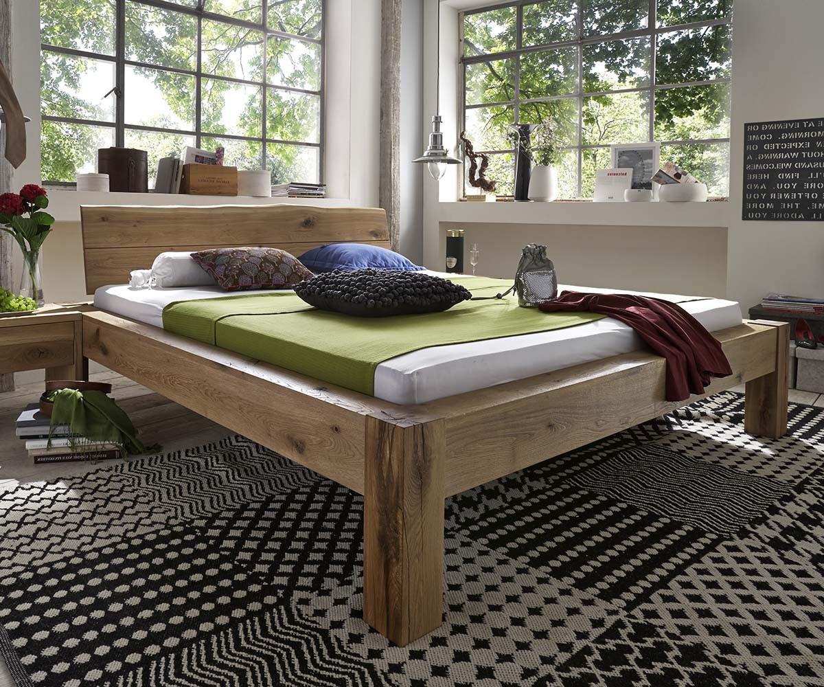 Bett Baumkante mit Kopfteil Baumkante